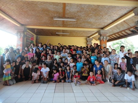 Christmas celebration in Orphanage  400  Baith El Klungkung